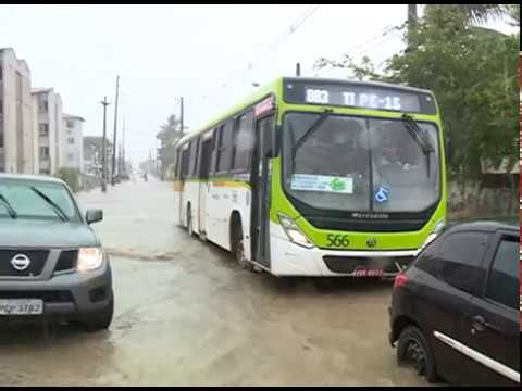[JORNAL DA TRIBUNA] Em Olinda, os transtornos causados pela chuva