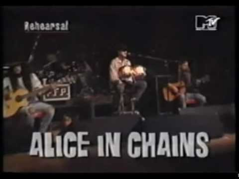 Alice in chains - Alice In Chains performing an acoustic set at the Norwood Fisher (of FISHBONE) Benefit @ The Hollywood Palladium on January 7, 1994. I've included the only k...