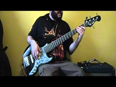 Fear Factory - Edgecrusher - Industrial Metal Bass Lesson (видео)