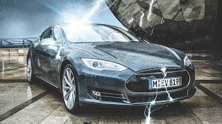 As the Tesla Model S arrives on British shores, we get behind the wheel of the most advanced electric car yet. Is the UK ready for battery-powered motoring?Pick up the July issue of BBC Focus Magazine for our full review of the Tesla Model S: http://sciencefocus.com/issue/welcome-multiverse