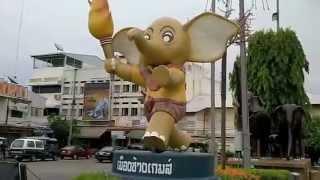 タイの通り・街並スリン