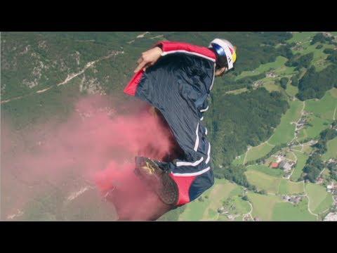 Base jumping da un elicottero