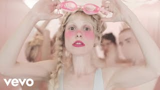 Petite Meller Milk Bath pop music videos 2016