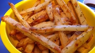 I show you two great ways to make your very own french fries! Ingredients: (will depend on how many you would like to make)...