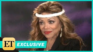 Video La Toya Jackson Says Michael Told Her to 'Watch Over' Daughter Paris Before His Passing (Exclusive) MP3, 3GP, MP4, WEBM, AVI, FLV Desember 2018
