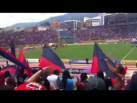 Recibimiento final Deportivo Quito campeón 2011 - Mafia Azul Grana - Deportivo Quito