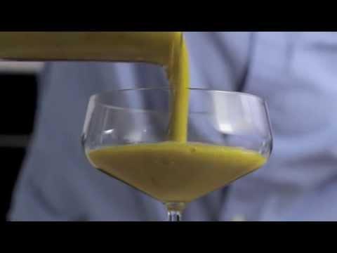 Mango pasiflorų ir petražolių kokteilis