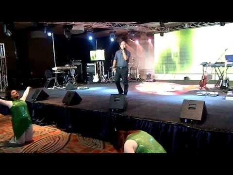 Carlos Carcache - En Tu Presencia (Live)