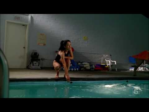 Stephanie Jacobsen swimming