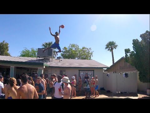 Video One Of Those Crazy Pool Parties. download in MP3, 3GP, MP4, WEBM, AVI, FLV January 2017