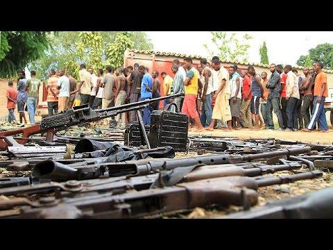 Στα πρόθυρα εμφυλίου το Μπουρούντι – 90 νεκροί σε 24 ώρες