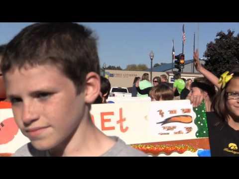 Charles City, Iowa Homecoming Parade 2015