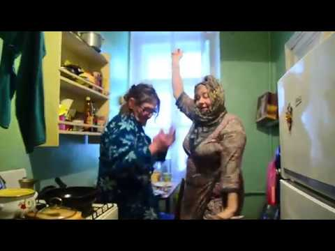 Бабушки из Санкт-Петербурга поддержали ульяновских ребят зажигательным клипом