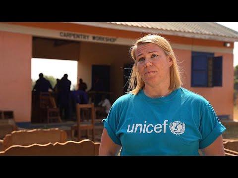 Το πρόγραμμα επανένταξης της UNICEF για παιδιά στρατιώτες…