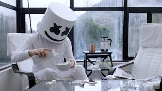 Video Marshmello - Keep it Mello ft. Omar LinX (Official Music Video) MP3, 3GP, MP4, WEBM, AVI, FLV Oktober 2018