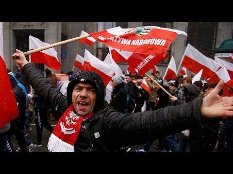 Πολωνία: Χιλιάδες εθνικιστές διαδήλωσαν με με την ευκαιρία της εθνικής επετείου