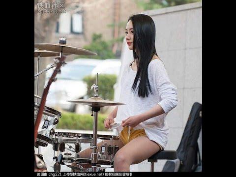 The Sensational  Female Street  Drummers of Asia! (видео)