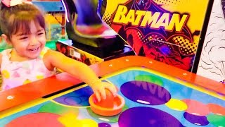 Kids Arcade Games Ball Game Batman Game Air Hockey Peter Piper Pizza - ZMTWWatch Zoey have lots of fun at Peter Piper Pizza kids arcade with great kids games including a Batman game, air hockey, and much more!Please subscribe, like, and comment for upcoming videos.Like us on facebookhttps://www.facebook.com/zoeymeetstheworldKids Arcade Games, Plastic Balls Game, Splash the Ducks Game, Chuck E Cheese's - ZMTWhttps://www.youtube.com/watch?v=vQXwIw7yD8U&tKids Sliding, Jumping, Indoor Playground, Majestkids Playlandhttps://www.youtube.com/edit?video_id=m-R3rEOLiKgCarnival Cruise Water Slide Fun for Kids WaterWorks Carnival Legendhttps://www.youtube.com/edit?video_id=XuDzxON8thUOutdoor Playground Fun For Kids, Splash Pad, Slides, Kids Waterpark https://www.youtube.com/edit?video_id=M8PlGFJfmg8Indoors Playgroundhttps://www.youtube.com/watch?v=XNGYtYBNF54Jumpstreet Indoor Trampoline Park Review https://www.youtube.com/watch?v=BMS0_5bcticKids Playing Indoor Playground, Baby Games at Gymboree Playhttps://www.youtube.com/watch?v=kdWXyIotE1UBaby Playing Outdoor Giving Cat Bathhttps://www.youtube.com/watch?v=vu8ArX4MbCIHere is how you write baby playing and kids playing in different languages: bebé jugando, niños jugando,  孩子们玩, खेल रहे बच्चों, بچوں کے کھیل سے, дети , играющиеToy in other Languages: खिलौने, brinquedos, ของเล่น, اللعب, igračke, đồ chơi, oyuncaklar, leksaker, juguetes, играчке, игрушки, jucării, тоглоом, leker, اسباب بازی, zabawki, 장난감, トイズ, giocattoli, mainan, játékok, צעצועים, Hračky, legetøj, speelgoed, laruan, jouets, Spielzeug, Παιχνίδια