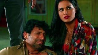 Rajan Verma is beaten badly - Zindagi 50 50