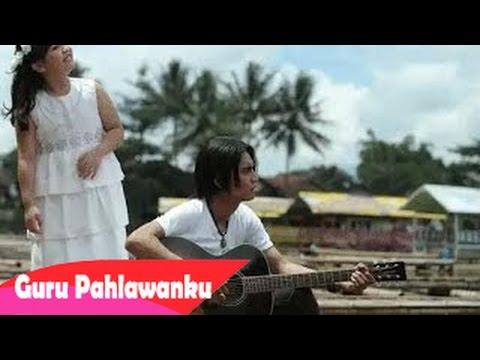 gratis download video - Charly-Setia-Band-Feat-Syafira--Guruku-Pahlawanku-Official-Video-Clip