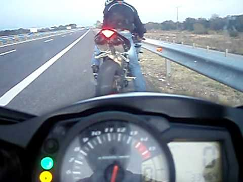 gsxr 1000 acceleration (200-300 in 6 sec)