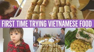 Video Her FIRST TIME trying VIETNAMESE Spring Rolls - Cha Gio | Hello Fresh Meal Kit Review MP3, 3GP, MP4, WEBM, AVI, FLV April 2018