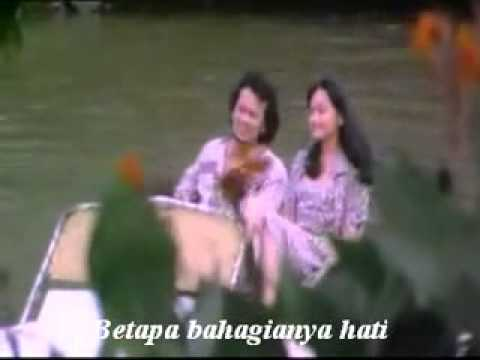 rhoma - SoundTrack Film Cinta Segitiga, 1979.