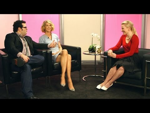 Josh Gad - Josh Gad and Jenna Elfman play two members of the first family on NBC's 1600 Penn, and the duo stopped by our LA studios recently to talk about their onscree...