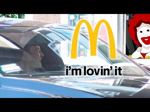 EXCLUSIVE - Ben Affleck Gives McDonald's Employee A Tip And Calls Her 'Sweet' Amid Divorce Drama