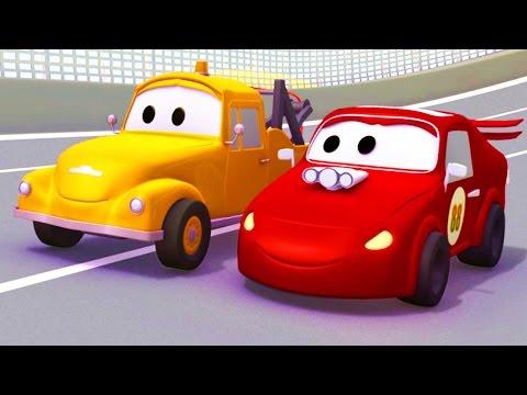 Tom la Grúa y el Coche de Carreras en Auto City | Autos y camiones dibujos animados para niños