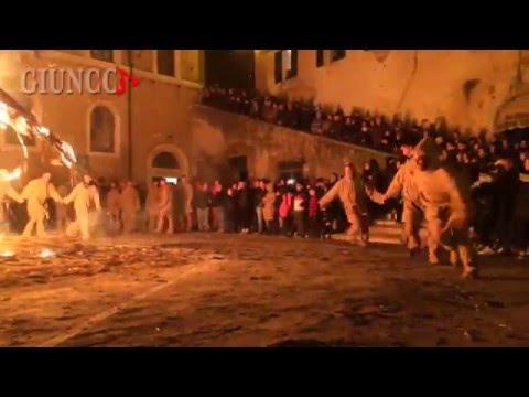 La Torciata di San Giuseppe: quando la tradizione diventa spettacolo
