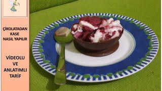 Çikolatadan yapacağınız bu kaseleri puding ya da dondurma ile doldurup servis edebilirsiniz.