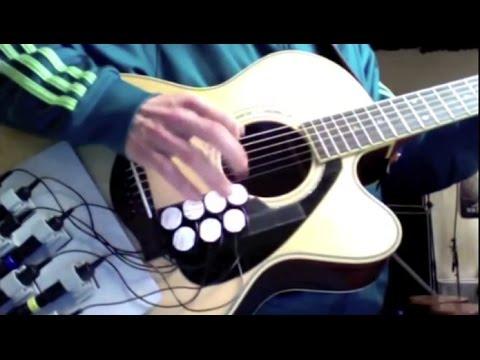 Este genio ha creado la batería-guitarra