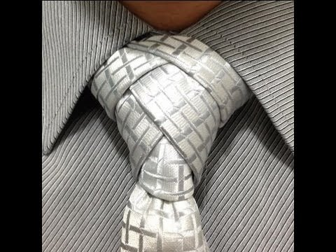 Como hacer nudo de corbata diferente. How to make a different tie knot. (видео)