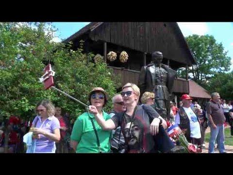 Godišnjica rodjenja Tita obeležena u Kumrovcu (VIDEO)