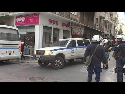Αστυνομική επιχείρηση σε κτίρια υπό κατάληψη στα Εξάρχεια