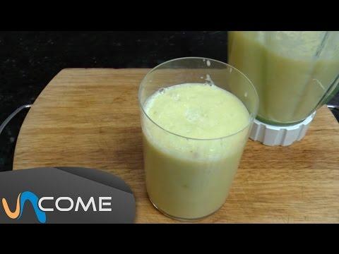 il succo diuretico a base di ananas e sedano: tutti i benefici