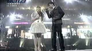 Vidi aldiano feat gita gutawa - Cemburu menguras hati, live ultah RCTI 21, gita gutawa diperebutin