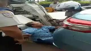 Video Supir Taksi menangis mobilnya mau di derek Dishub Dki MP3, 3GP, MP4, WEBM, AVI, FLV Desember 2017