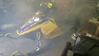9. 2004 Ski-Doo Rev 600 Start-Up