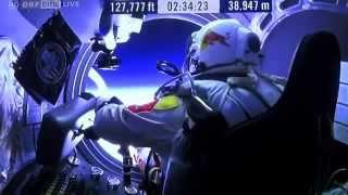 Nhảy dù vượt tốc độ âm thanh từ độ cao hơn 39km