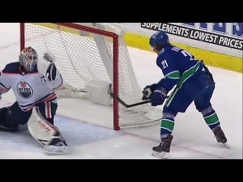 Video: Eriksson uses his hand for a nifty play that gives Canucks the lead