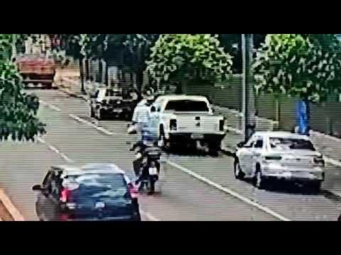 Palotina - PM divulga vídeo de furto e pede ajuda da população para identificar autor do crime.