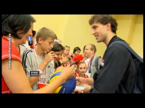 Bata Atanasijević sa poljskim navijačima