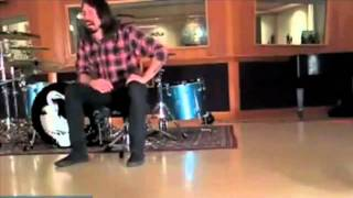 Dave Grohl Has A Good Cry