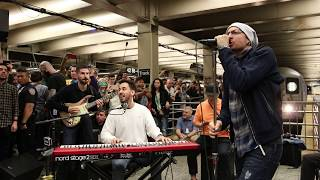"Video Linkin Park LIVE in Grand Central Station: ""What I've Done"" MP3, 3GP, MP4, WEBM, AVI, FLV Agustus 2018"