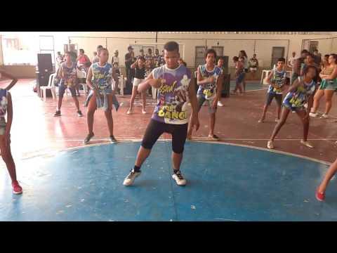 Grupo de dança Swing novo - apresentação em Muriaé MG