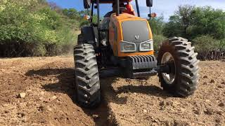 Video Valtra BM100 y arado de 4 Discos reversible MP3, 3GP, MP4, WEBM, AVI, FLV April 2019