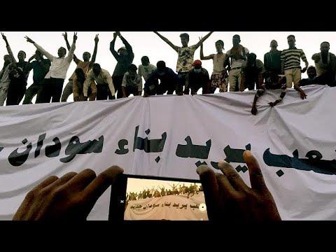 Sudan: Demonstrationen dauern an - Regierung aus Zivilist ...