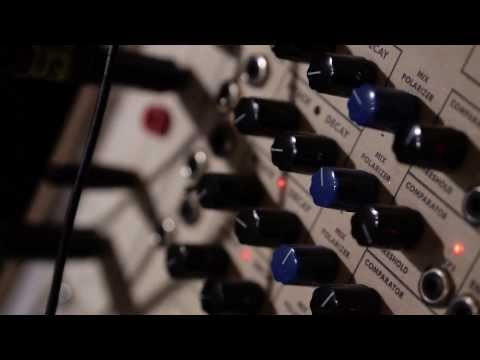 Hannah Peel - 'Chloe' (Live Studio Session) [405 Premiere]